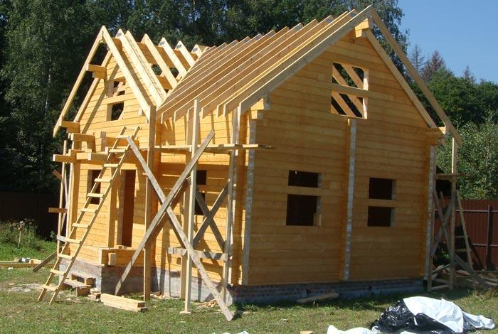 древесина стропильной системы дома