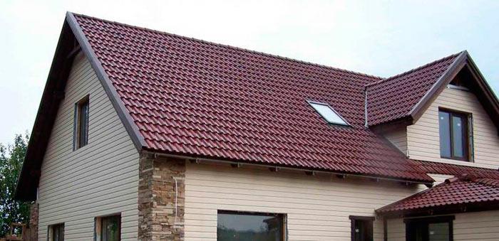 частный дом с мансардной крышей