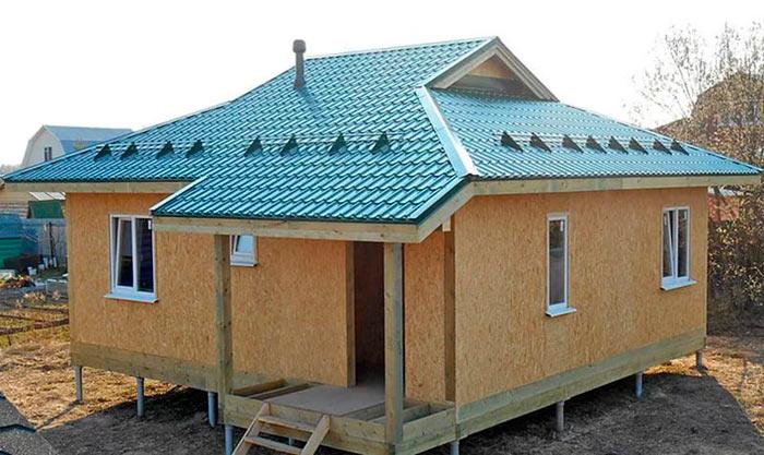 полувальмовая датская крыша