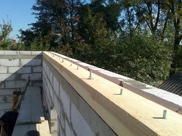 мауэрлат для односкатной крыши из профилированого листа