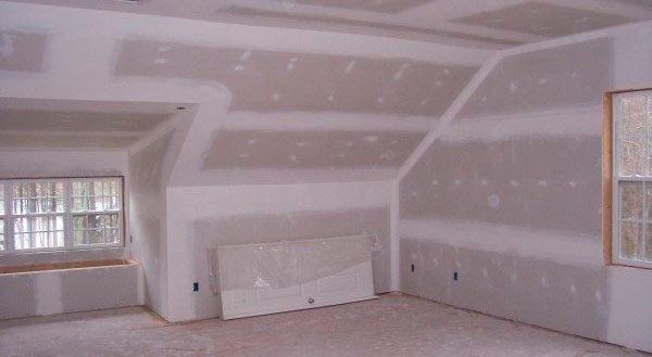 отделка спальни мансарды гипсокартоном