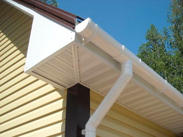 софиты для притока воздуха для вентиляции чердака