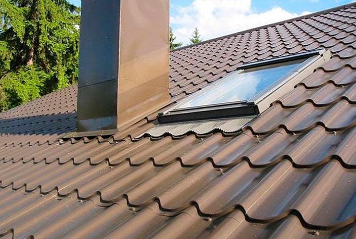 металлочерепица норман на крыше