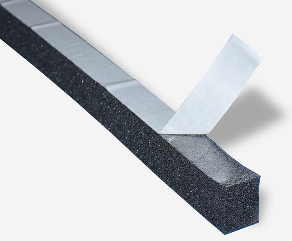 пример универсального уплотнителя для металлочерепицы монтеррей