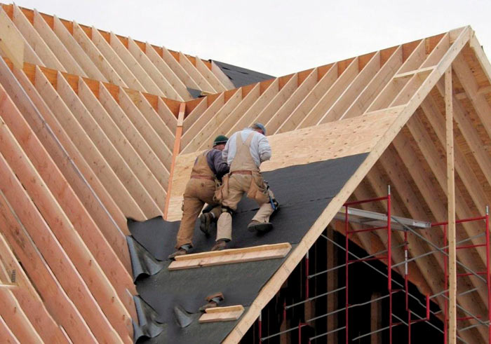 монтаж стропильной системы крыши частного дома